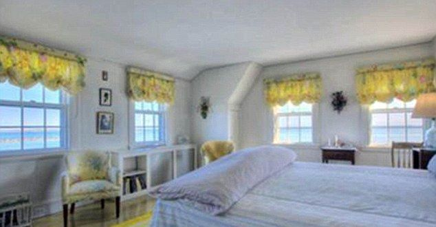 taylor swift cape cod house