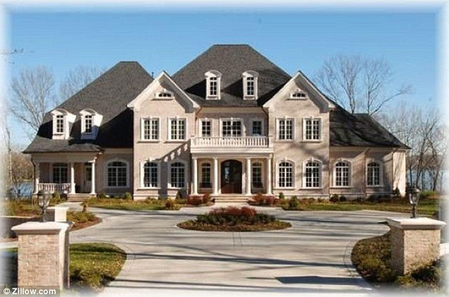 Kelly Clarkson's Tennessee House