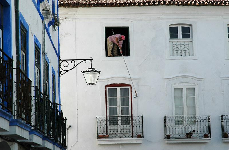 House painter - Portugal | Large size available on simple re… | Flickr