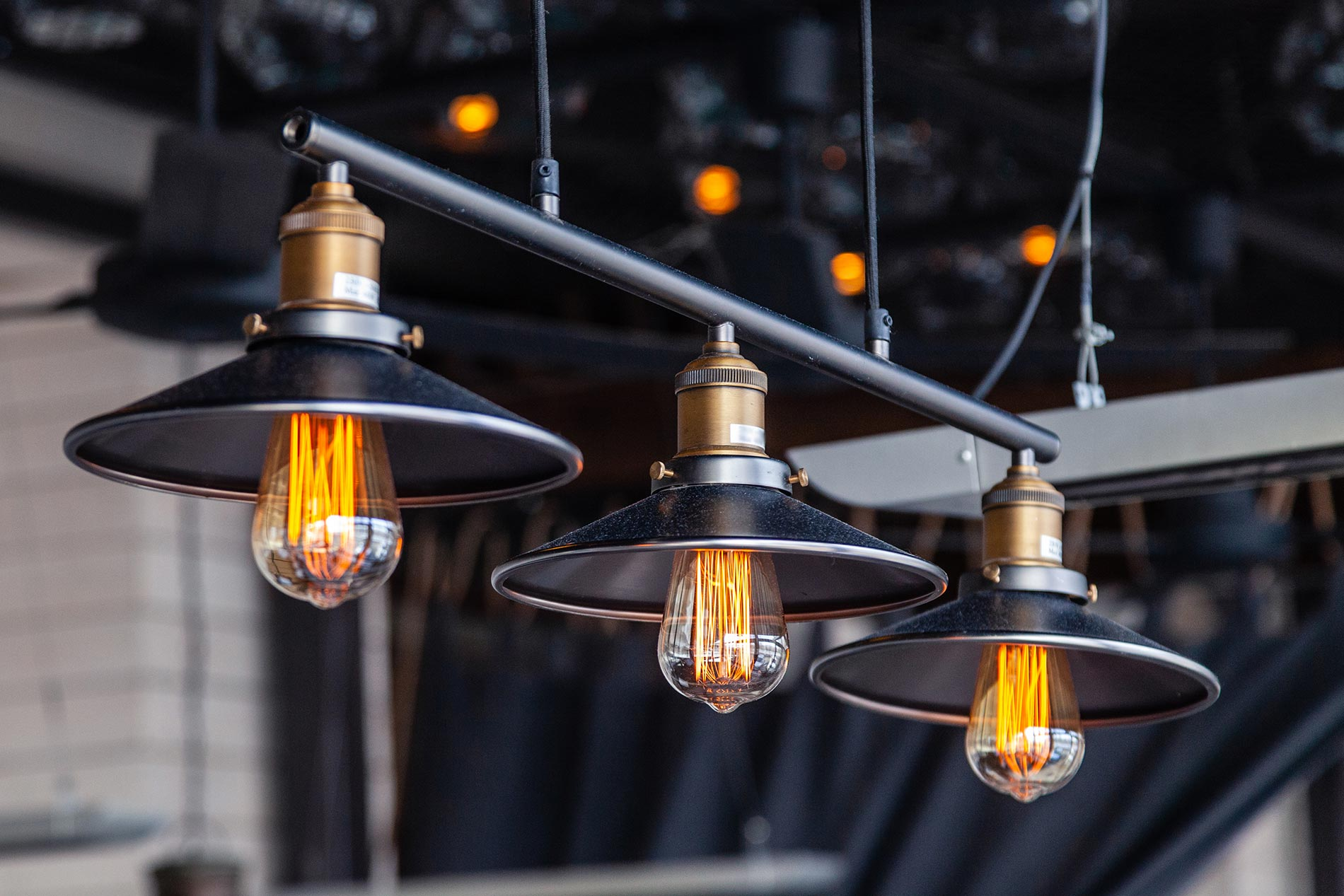 Industrial light fixtures - What is that you need to consider?