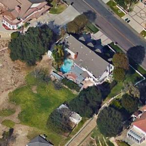 Snoop Dogg House